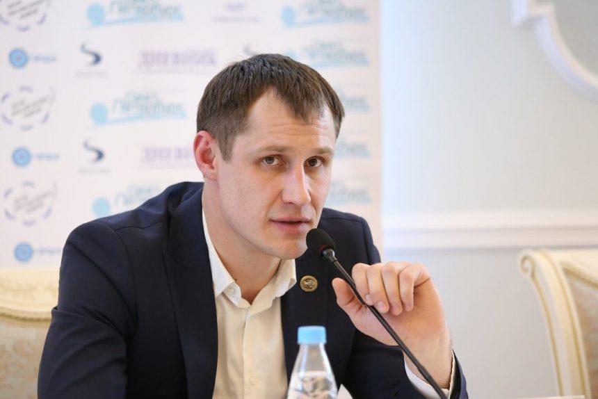 константин блохин председатель движения сильная россия