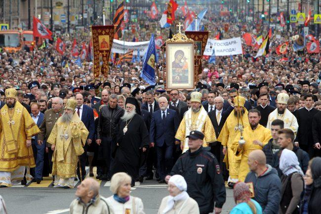 православие религия христианство крестный ход перенесение мощей Александра Невского Игорь Дивинский Вячеслав Макаров
