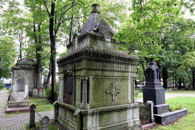 склеп кривопишиных новодевичье кладбище