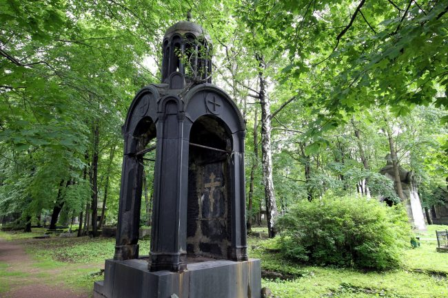 часовня склеп новодевичье кладбище