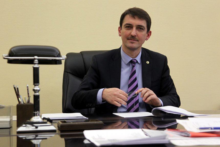 академик Михаил Дубина председатель комитета по здравоохранению