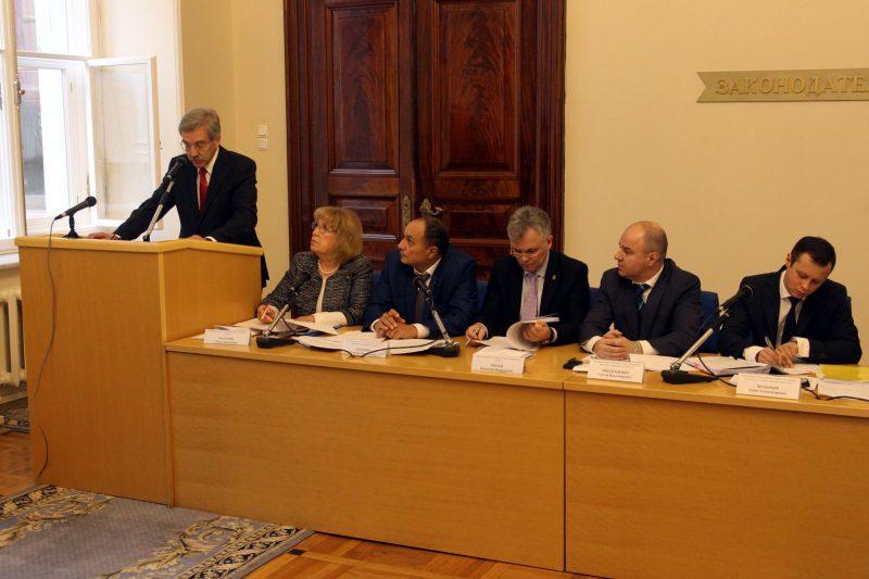 Шишлов предложил Пионерскую площадь вкачестве места для митингов