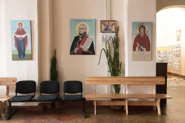 Церковь святителя Николая Чудотворца и мученицы Царицы Александры (проспект Стачек, дом 48)