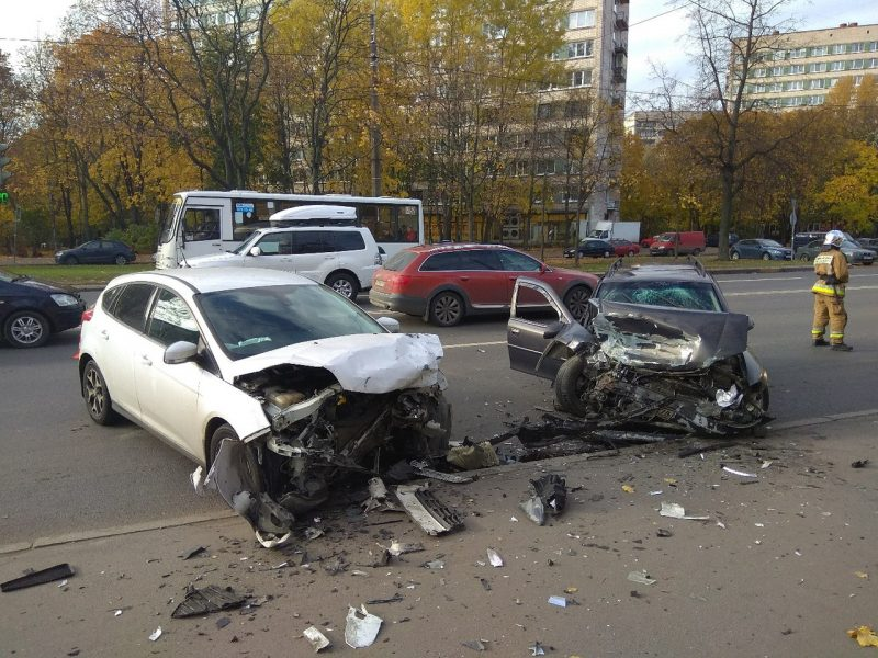 дтп авария столкновение мчс проспект тореза