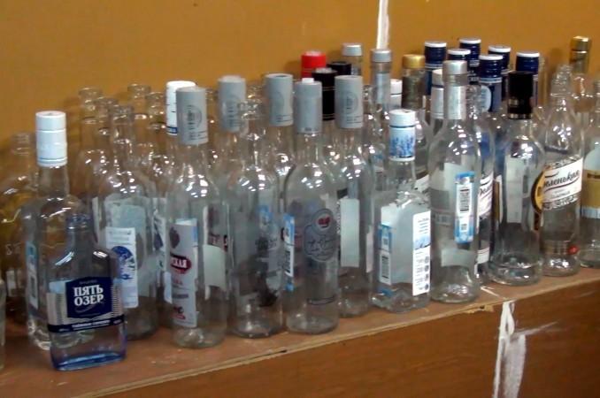 поддельный суррогатный алкоголь водка