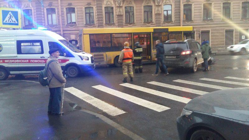 ДТП вознесенский проспект маршрутка 252