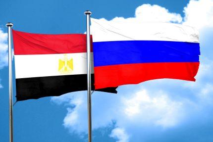 Флаги России и Египта