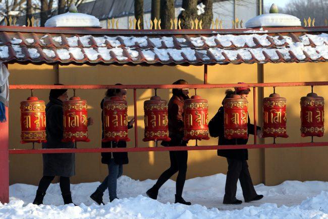 буддизм Сагаалган Дугжууба восточный новый год в дацане Гунзэчойнэй гороо барабаны хурдэ