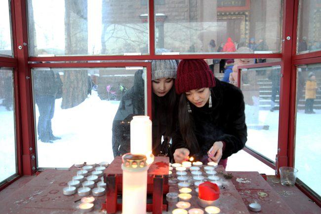 буддизм Сагаалган Дугжууба восточный новый год в дацане Гунзэчойнэй красивые девушки