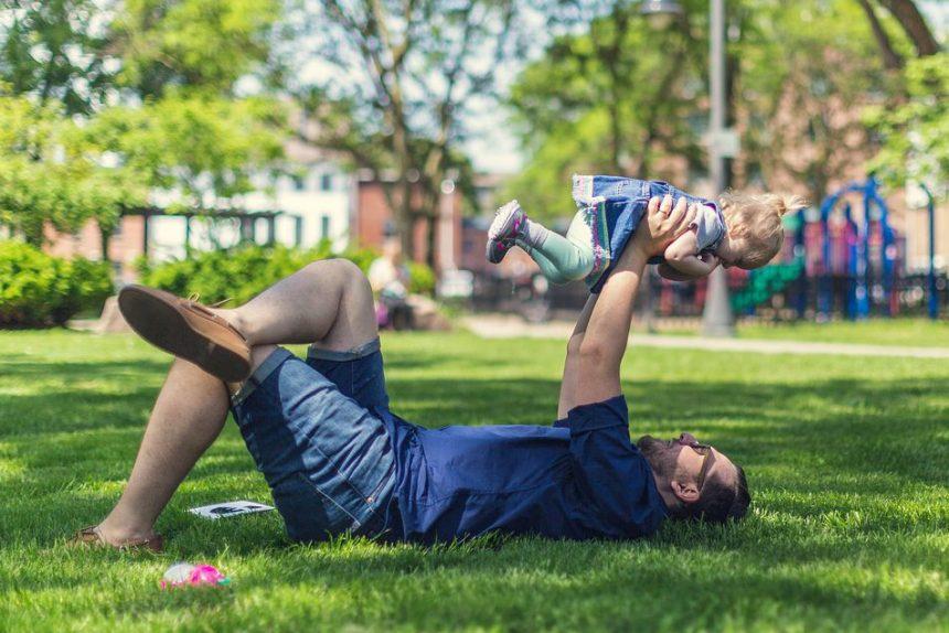 отец отцовство дети ребенок семья мужчина people-2557510_960_720