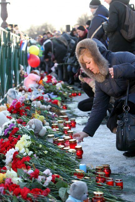 акция памяти погибших при пожаре в Кемерово Дворцовая площадь