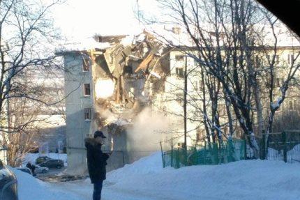 взрыв бытового газа Мурманск разрушенный дом