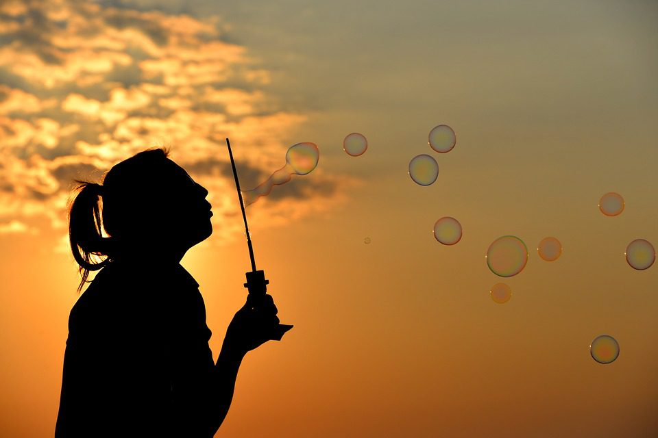 Мыльные пузыри, закат