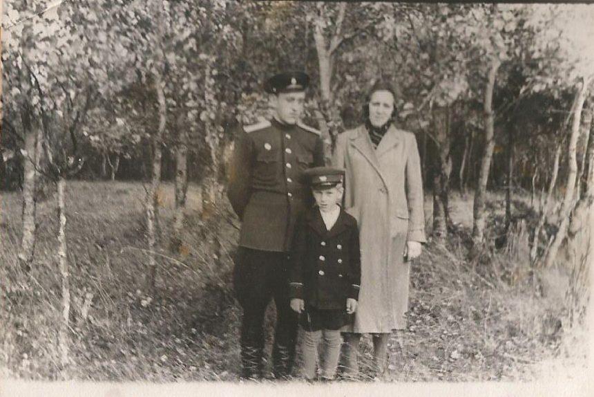 борис чекунов с семьёй