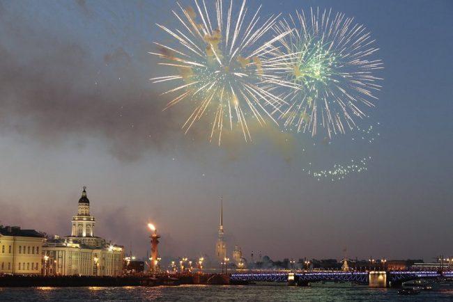 салют нева петропавловская крепость день победы 9 мая