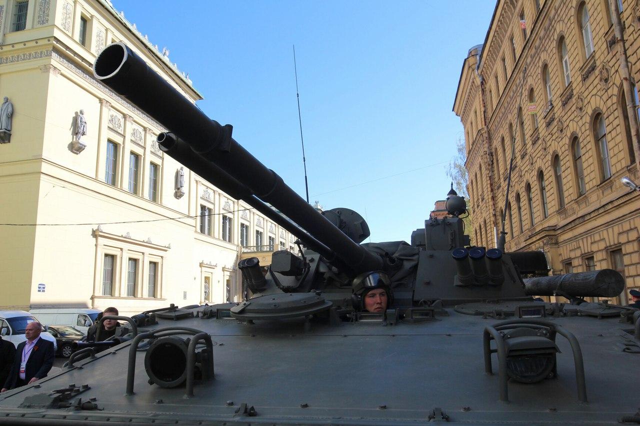 _CswBUVXc8o день победы танкист