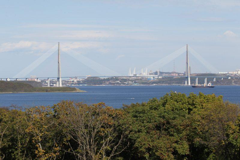 Владивосток Русский мост через пролив Босфор Восточный