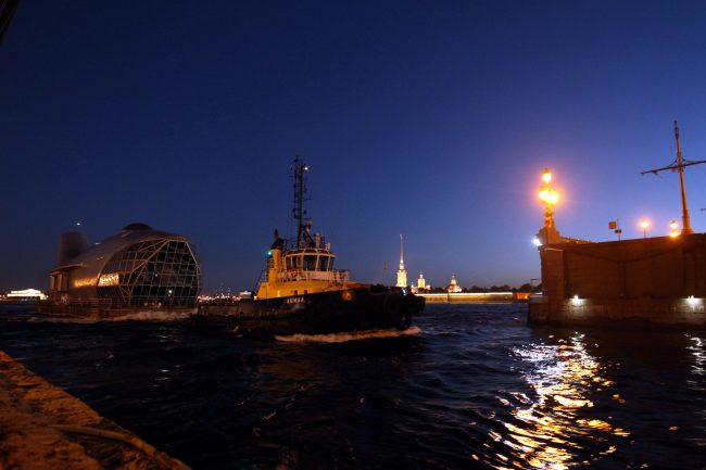Троицкий мост Нева Петропавловская крепость судоходство навигация