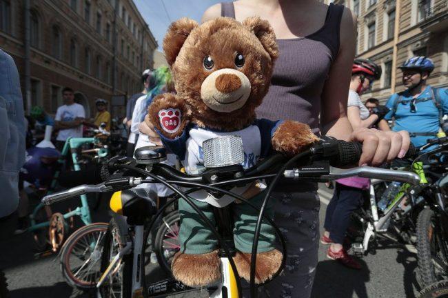 велопарад мишка игрушечный игрушка день города велосипед
