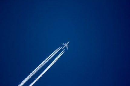 самолет небо