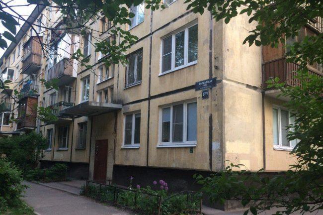 дом майка науменко варшавская 27