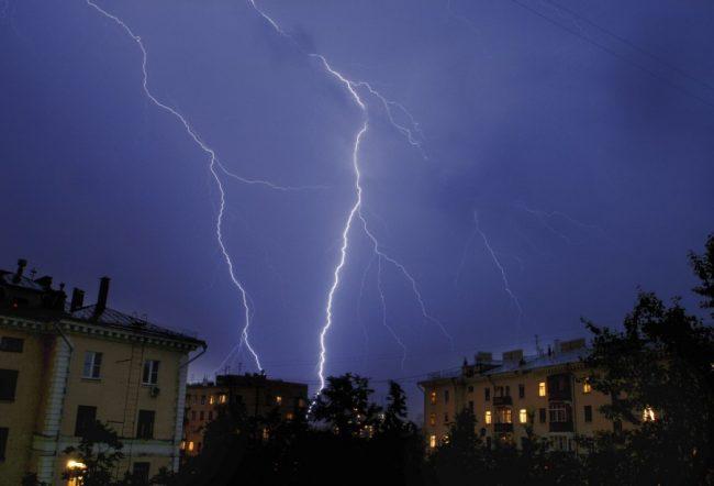 гроза молния шторм погода