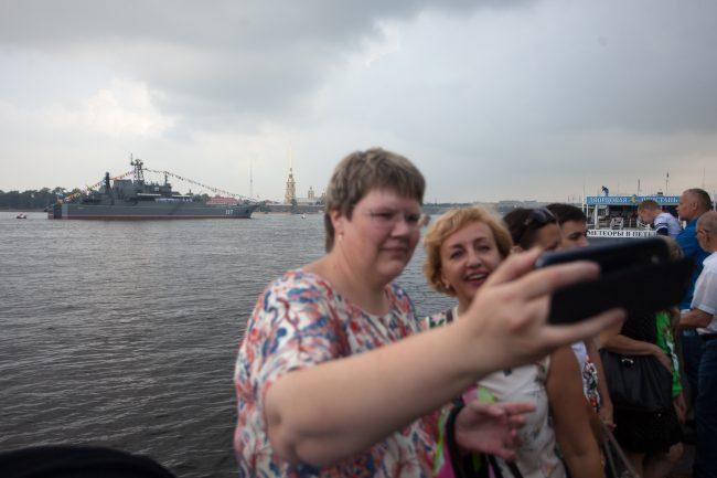 репетиция день ВМФ главный военно-морской парад военные корабли селфи