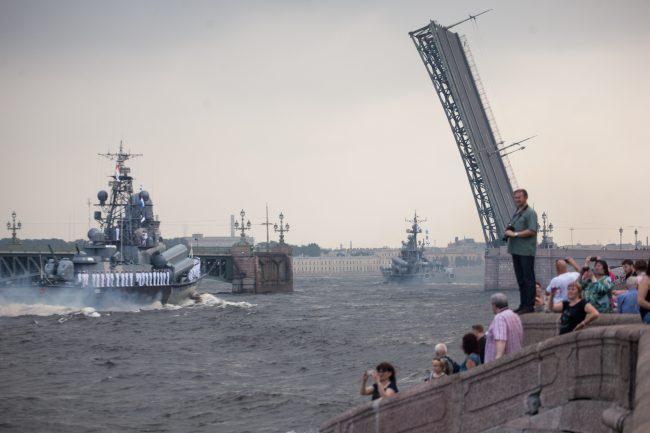 репетиция день ВМФ главный военно-морской парад военные корабли Троицкий мост