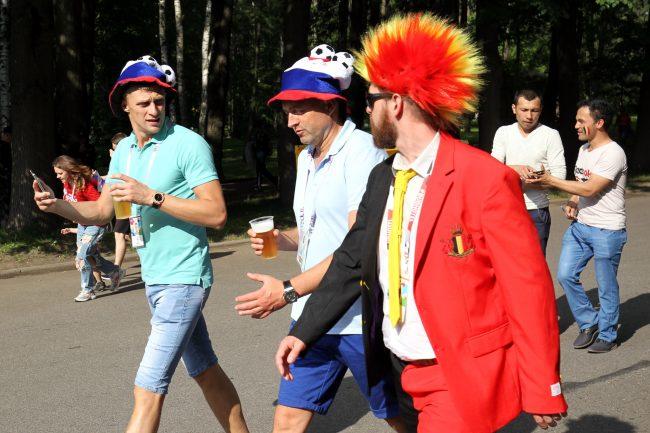 ЧМ-2018 футбол болельщики фанаты Приморский парк Победы