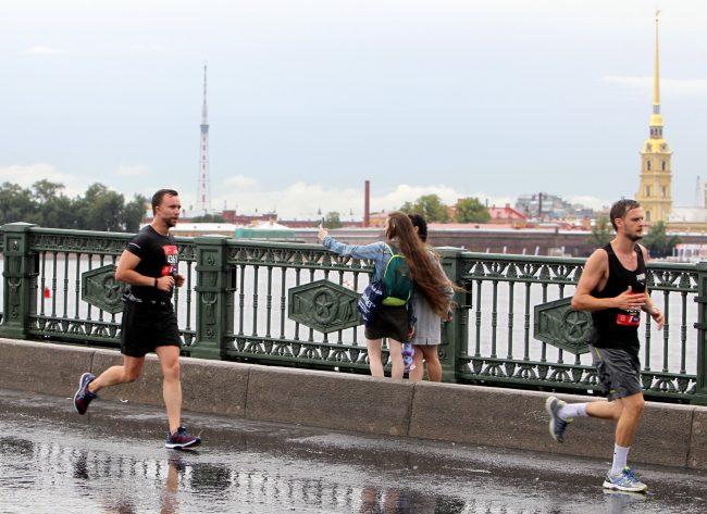лёгкая атлетика бег полумарафон Северная столица