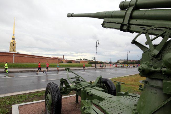 лёгкая атлетика бег полумарафон Северная столица пушка артиллерийский музей Петропавловская крепость