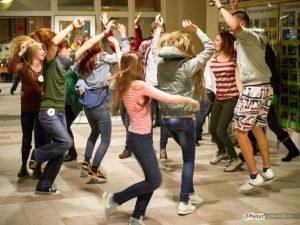 Забастовка в РГТЭУ, фото с сайта ridus.ru