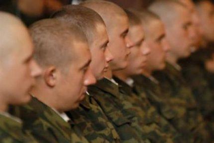 Призывники солдаты армия