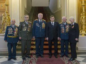 Вячеслав Макаров и блокадники, фото пресс-службы ЗакСа