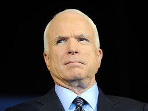Джон Маккейн, фото с сайта МК