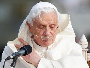 Папа Римский Бенедикт XVI, фото с сайта www.yuga.ru
