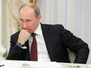 Путин 2 фото кремль