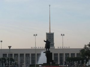 Площадь Ленина Финляндский вокзал