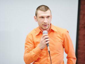 Дмитрий Сухарев