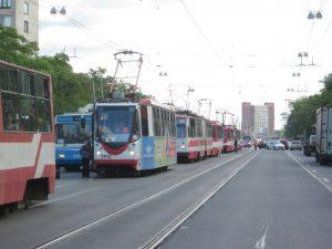 проспект Науки, пробка, трамваи