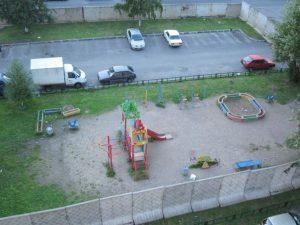 детская площадка на Науки, 44, фото защитников