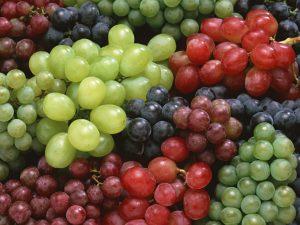 виноград, фото с сайта hslim.ru