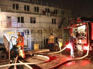 пожар плавучая мастерская
