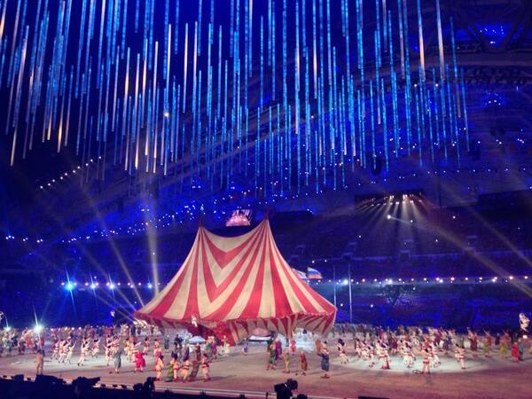 церемония закрытия игр в сочи цирк