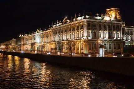 Эрмитаж, Петербург, Дворцовая набережная