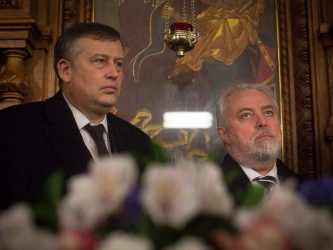Дрозденко и Дивинский в церкви
