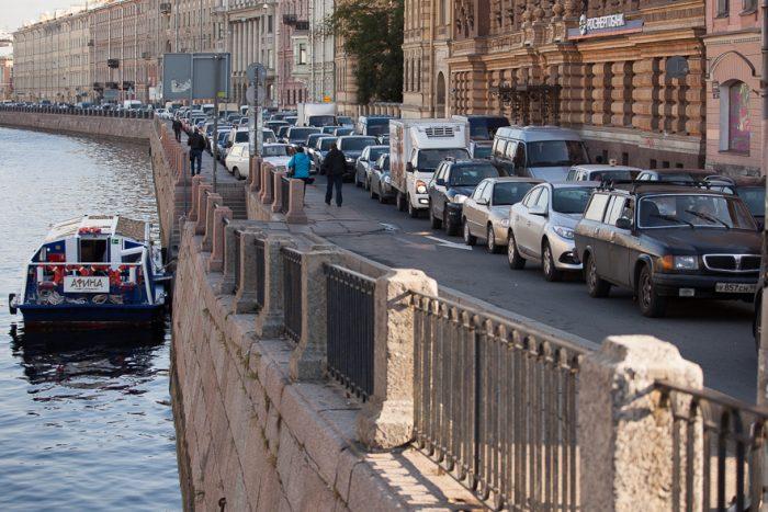 """Екатерина Манжула: """"В Петербурге уже настал тот момент, когда необходимо что-то сделать с городом"""""""