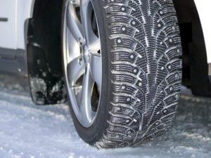 Машина автомобиль покрышка зимняя резина зима