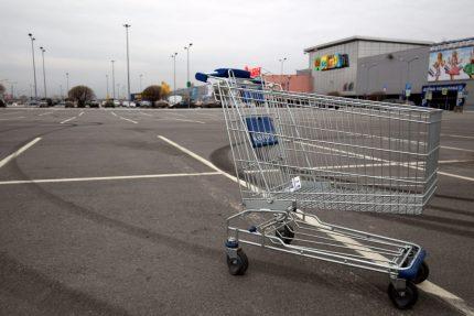 торговля ритейл розница торговый центр мега-дыбенко тележка супермаркет экономика