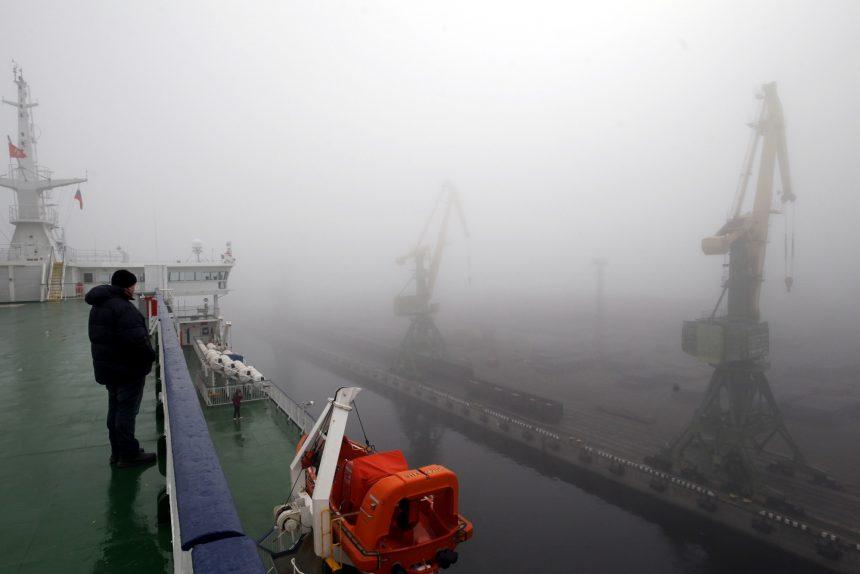 туман морской канал порт санкт-петербург краны